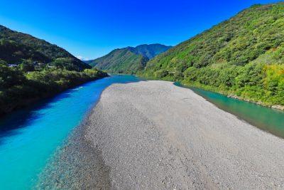 川遊び 飛び込み 高知 川