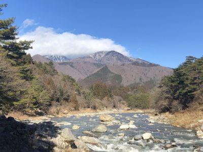 広島 川遊び 岩が浮かぶ 川