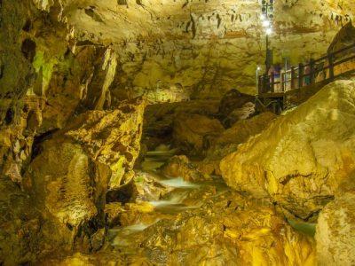 群馬 川遊び 鍾乳洞