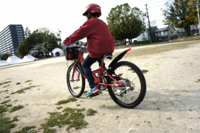 夏休み 自転車 旅行 小学生 男の子 ヘルメット