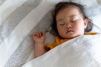 子供 寝汗 夏 寝る子供