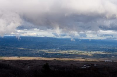 那須高原 川遊び 雲 上空