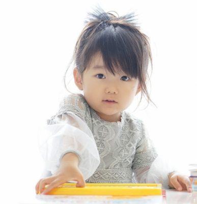 子供 おもちゃ 遊ぶ 女の子 キャラクター