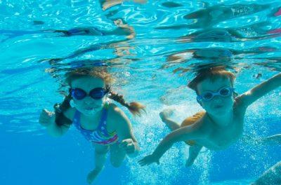 水遊び 泳ぐ 男の子 女の子 ゴーグル