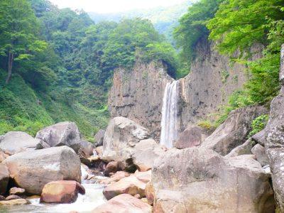 石川 県 川遊び 岩 滝